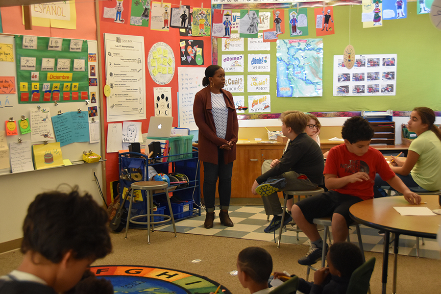 Head-Royce Associate Director of K–8 Admissions Kathrina Weekes Visits with 5th Graders in Lower School Spanish to Discuss the Afro-Latinx Experience